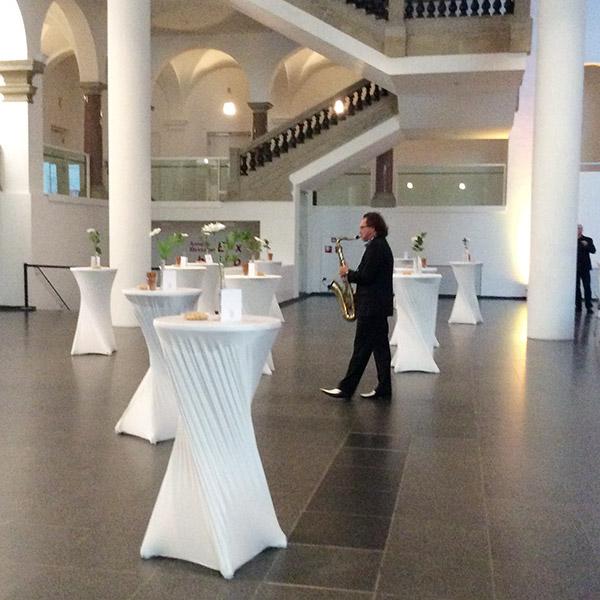 Pro Mobil erhält den Kita-Preis 2014, Saxophonspieler beim Rahmenprogramm
